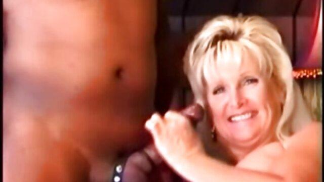 Namorada de merda sem tirar assistir filme pornô dublado o biquíni
