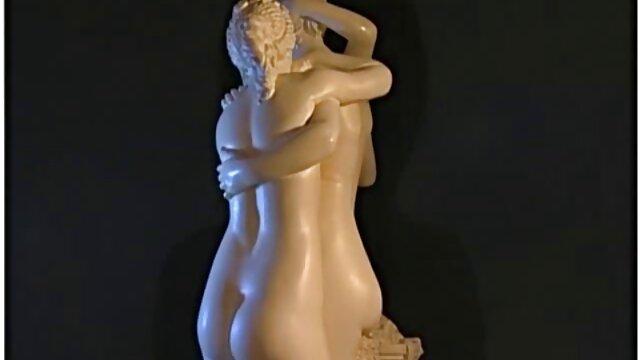 cockslut fudendo legendado louro com mamas gigantescas stud plumbs